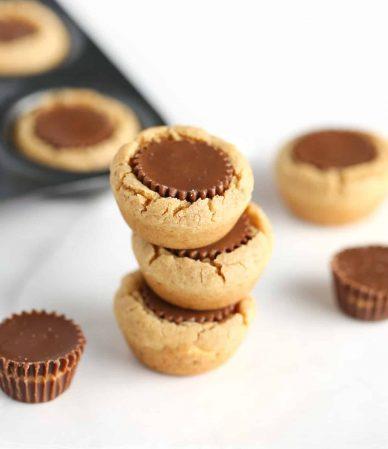 cookies-cups